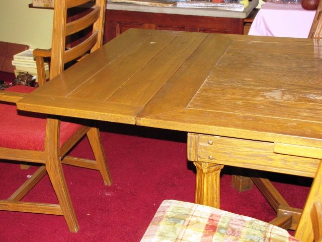 Antique Dining Room Table with Pull out Leaves | Antique dining .