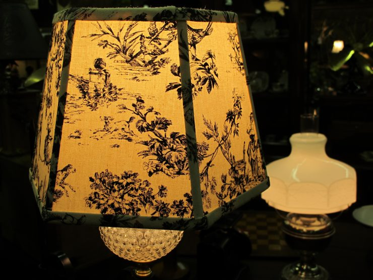 The Best Antique Lamps to Buy Online 20