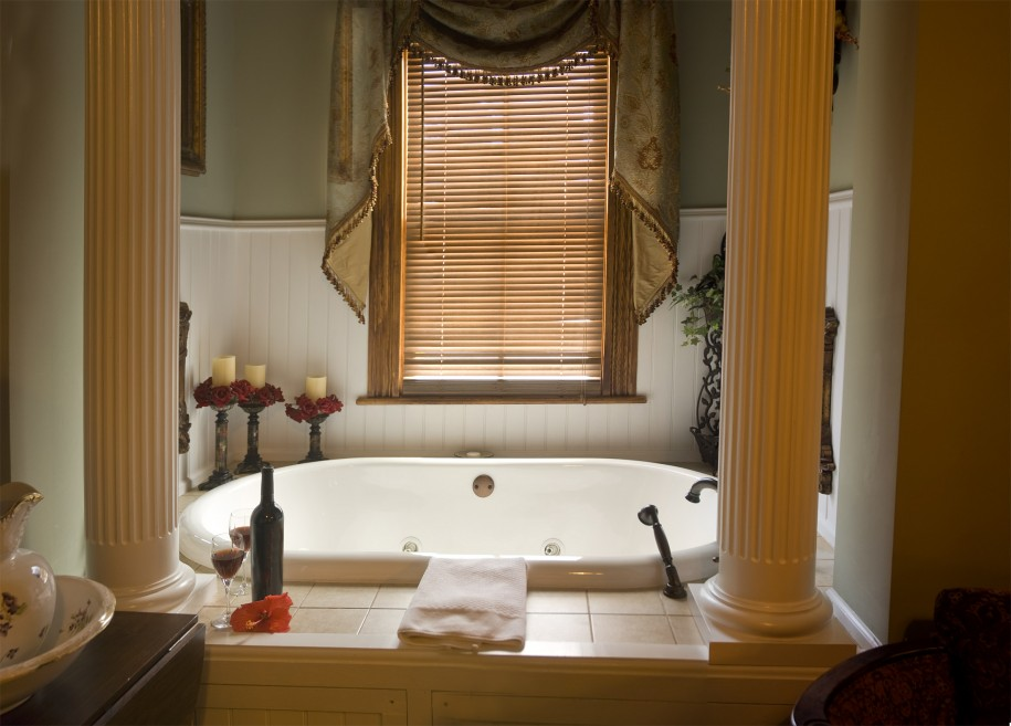 24 Greatest Fashions Of Bathroom Window Curtains   Royals Coura