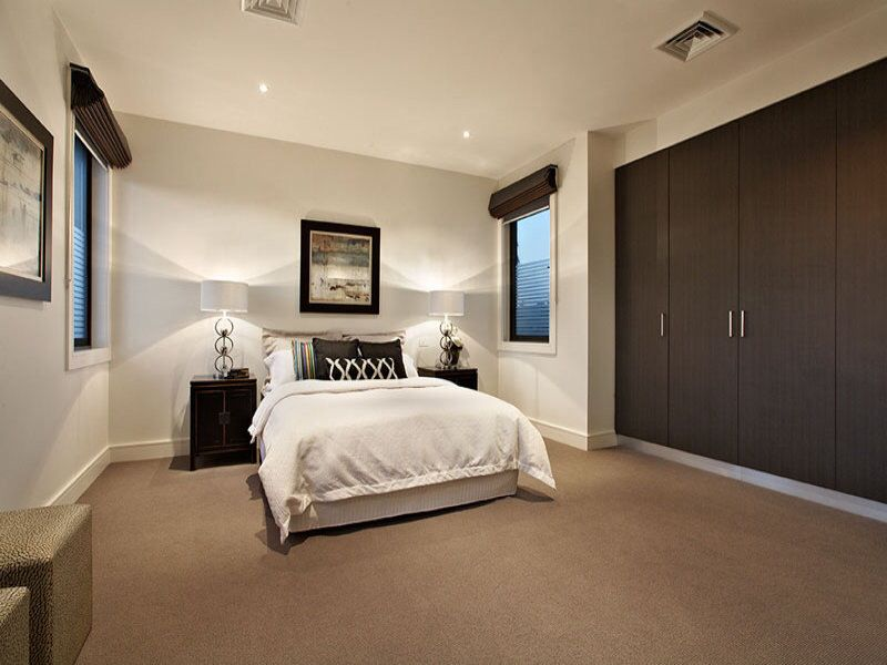 Cute bedroom with brown carpet (With images) | Brown carpet .
