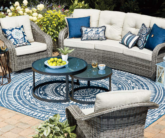 Wilson & Fisher Lakewood Double Round Nested Coffee Tables Set .