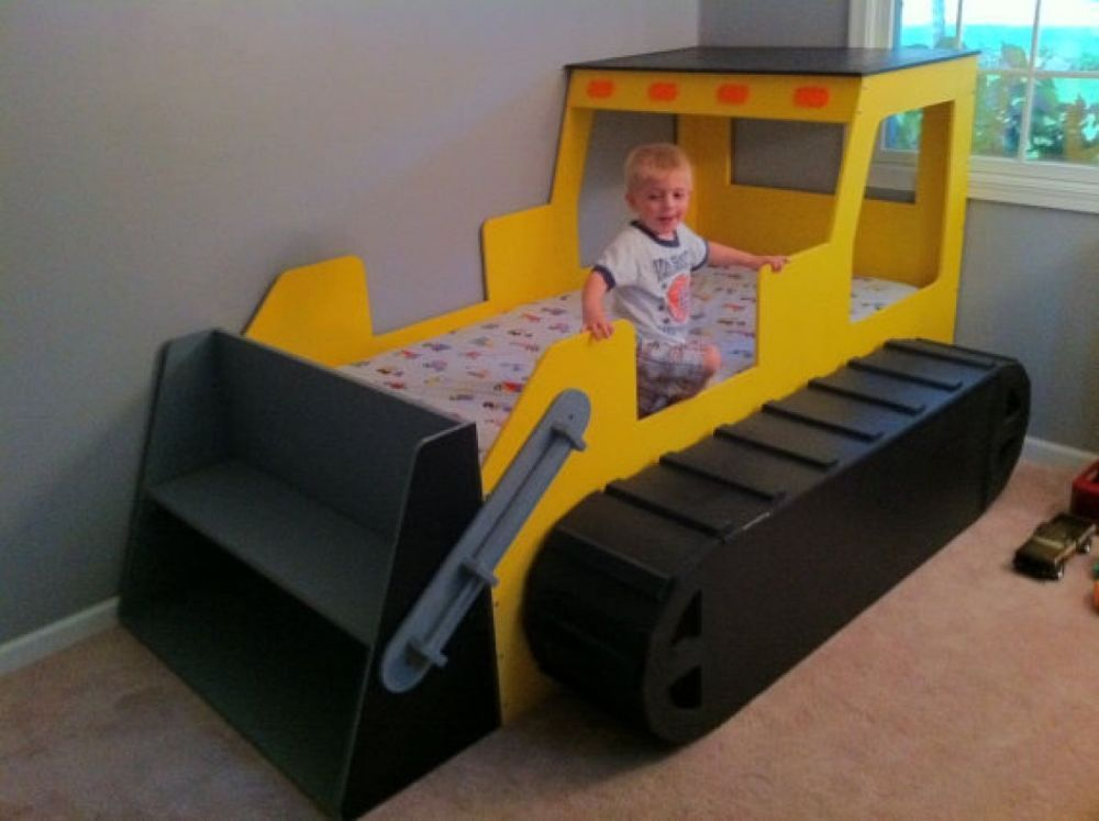 What to look for when buying a toddler bed for boys | Diy toddler .