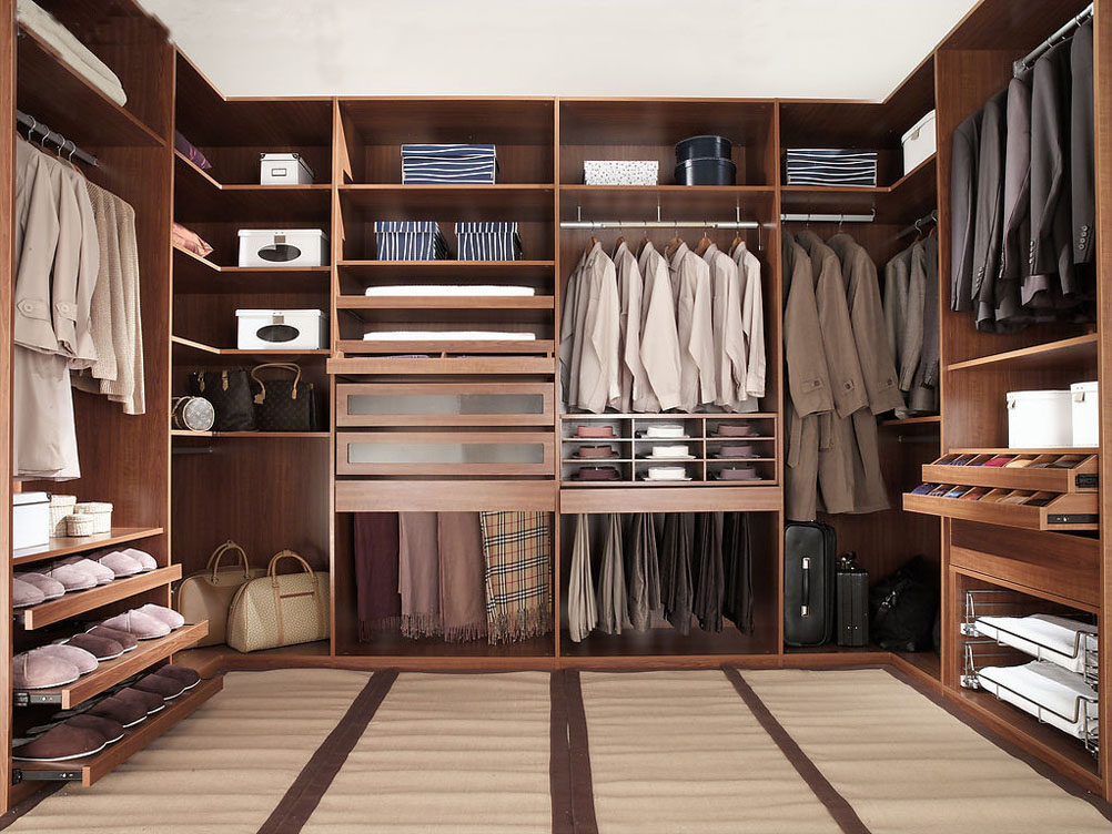 30 Walk-in Closet Ideas for Men Who Love Their Image | Freshome.c