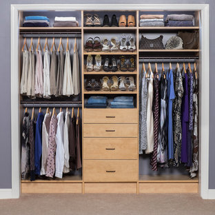 75 Beautiful Small Closet Pictures & Ideas | Hou