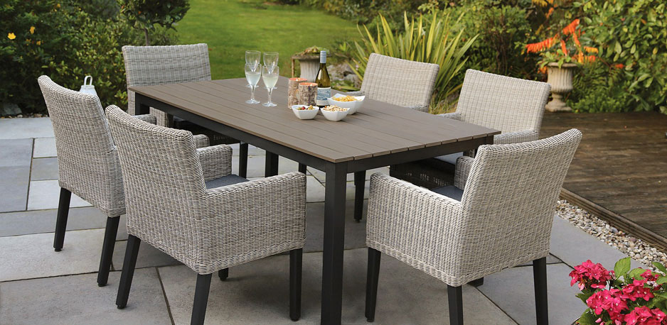 contemporary-garden-furniture-1 - Reel Hom
