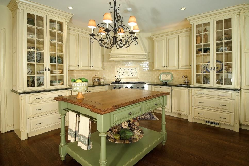 Dreamy Cream Kitchen Features Lovely Green Island | Country .