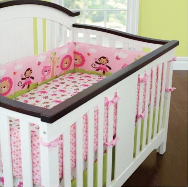 Wholesale Sweet Zoo Animals Pink Baby Bedding Set Girls Cot Set .