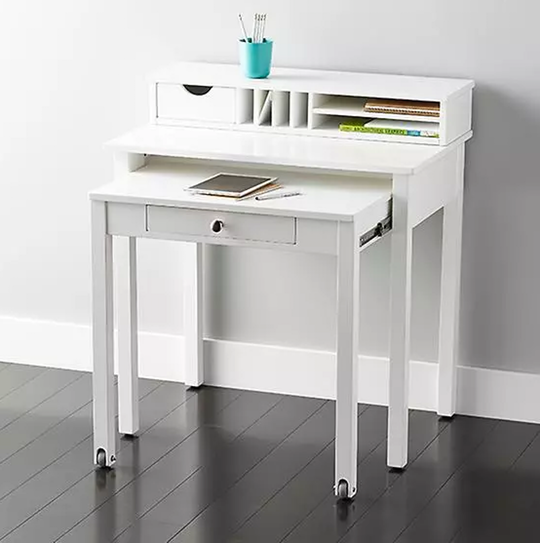 The Best Desks for Small Spaces | Desks for small spaces, Home .