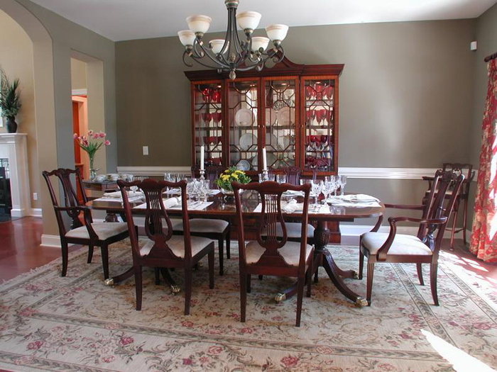 Formal dining table decorating ideas - large and beautiful photos .