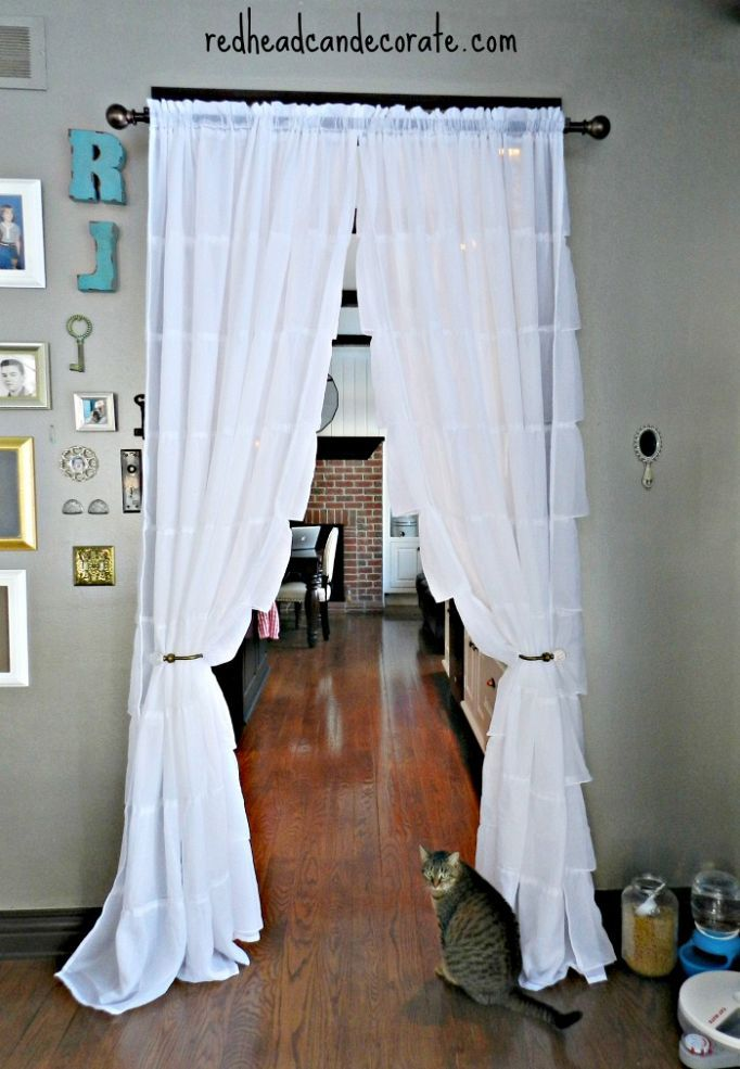 Hanging Curtains in Our Kitchen {save tons of $ on your gas bill .
