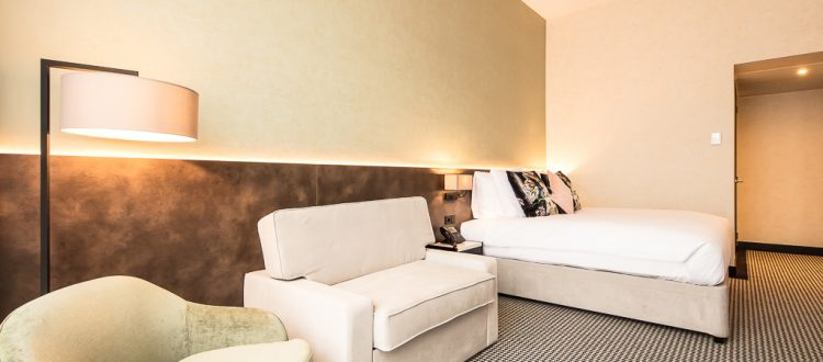 Superior Double Room with Sofa Bed | Monet Garden Hotel Amsterd