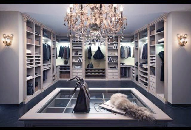 Your Dream Closet: 4 Over-the-Top Things You Ne