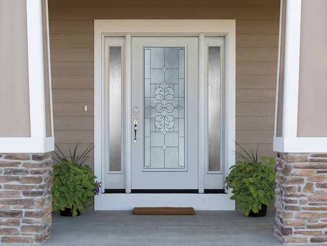 Steel Replacement Entry Doors - Pella Reta