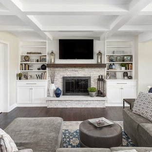 75 Beautiful Family Room With A Standard Fireplace Pictures .