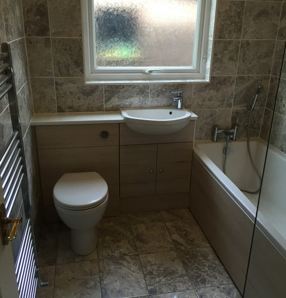 Fitted Bathroom Photo Galle