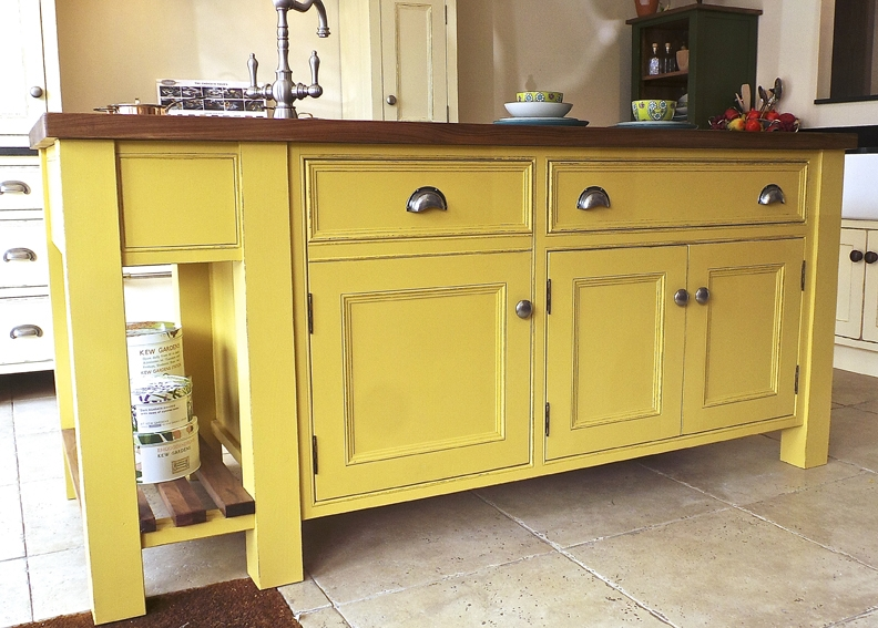 Pros And Cons Of Freestanding Kitchen Cabinets In Modern Tim