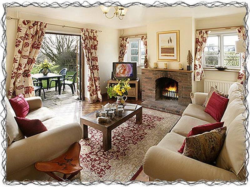 Living Room Decorating Ideas French Country Look Cottage House .