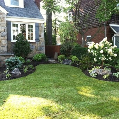 Traditional Landscape front yard landscaping Design Ideas .