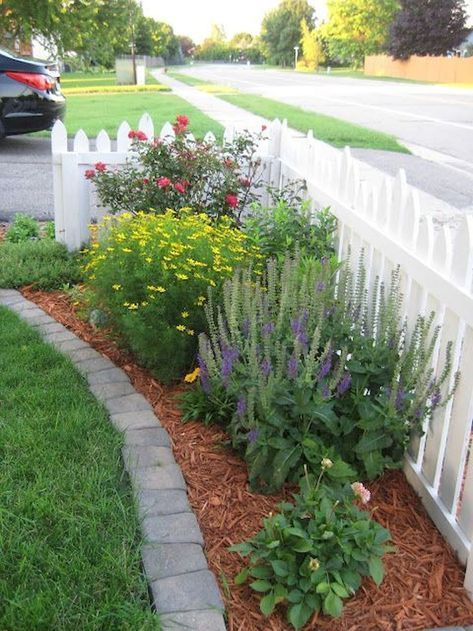 Gorgeous 70 Small Front Yard Landscaping Ideas on A Budget https .
