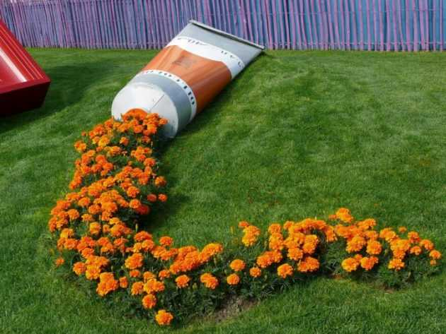 23 Extremely Interesting DIY Garden Decorations That Anyone Can