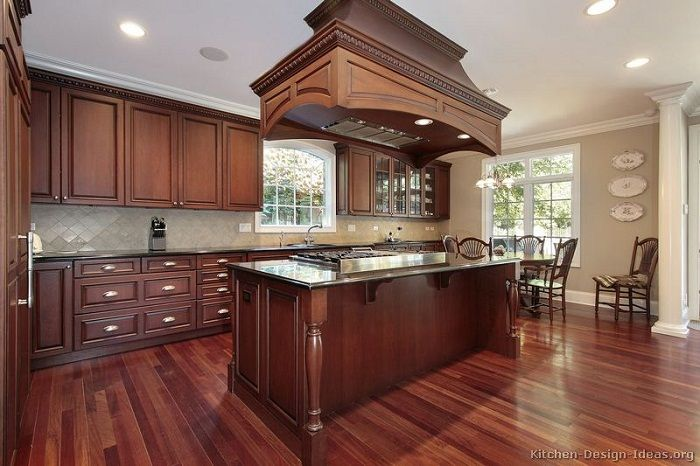 Kitchen Paint Colors with Cherry Cabinets | Cherry wood kitchens .