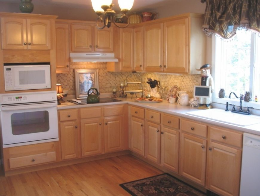 Color Schemes For Kitchens With Light Wood Cabinets | Atcsagacity.c