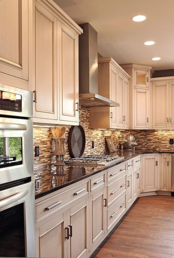 20 Timeless and Beautiful Kitchen Colour Schemes — RenoGuide .