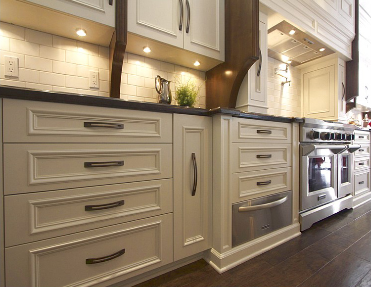 4 Reasons You Should Choose Drawers instead of Lower Cabine