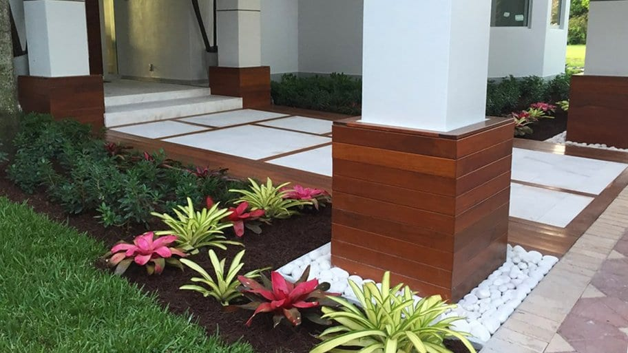 10 Easy and Simple Landscaping Ideas | Angie's Li
