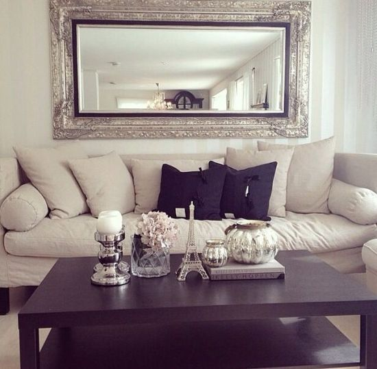 20 Gorgeous Living Rooms with Mirro