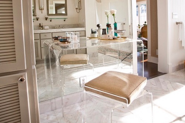 Among Design Set, Lucite Furniture Re-emerges as Clear Favorite .