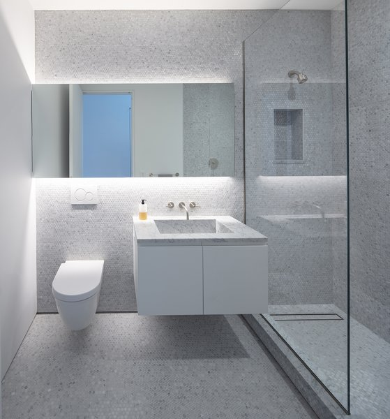 Best 60+ Modern Bathroom Ceramic Tile Walls Design Photos And .