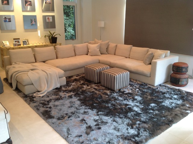 Happy Customers - Contemporary - Living Room - Los Angeles - by .
