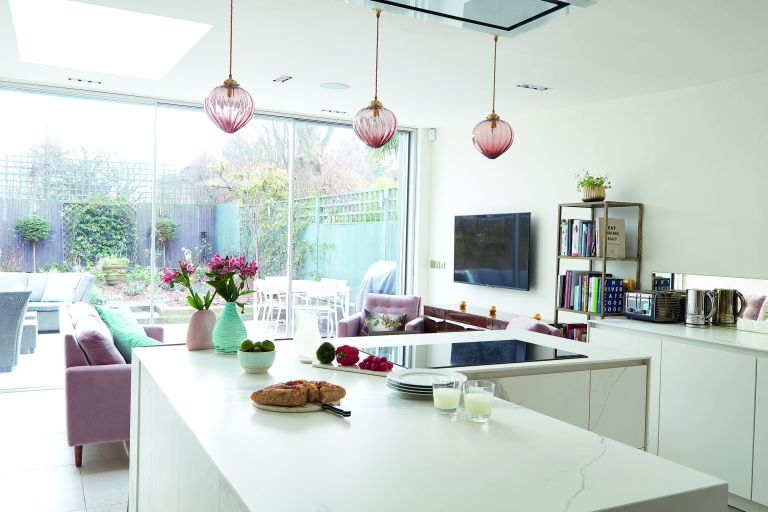Creating an open plan kitchen: design advice and decor ideas for .