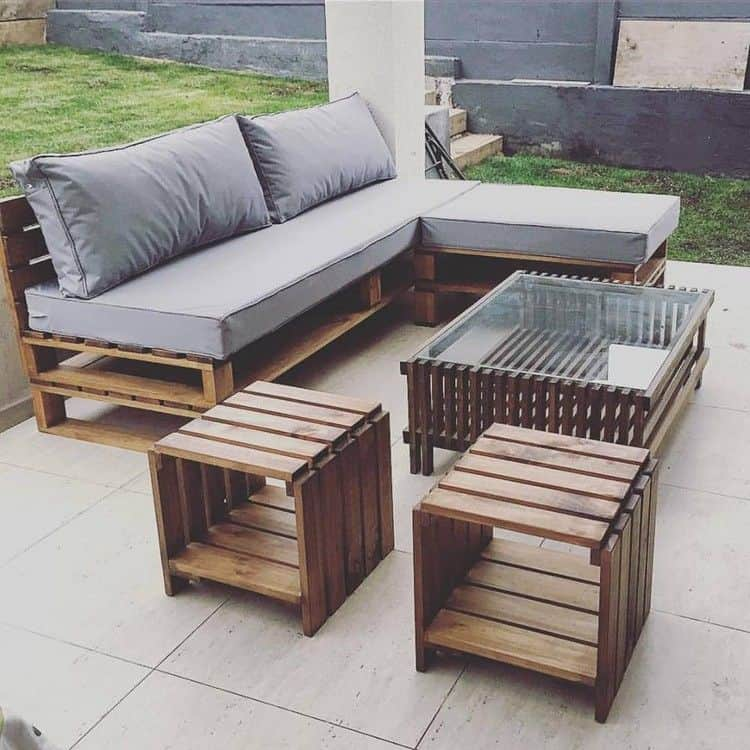15 Pieces of Pallet Patio Furniture To Spark Your Outside Spring .