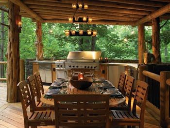 How To Create the Perfect Outdoor Kitchen for Your Log Ho