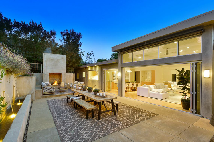 6 Bay Area Homes for Sale with Stunning Outdoor Living Spac
