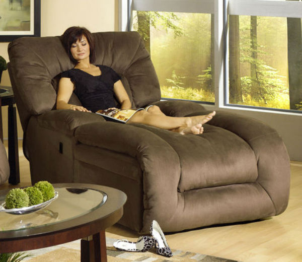 Best Oversized Recliners: Try Something a Larger & Comfier Than Usu