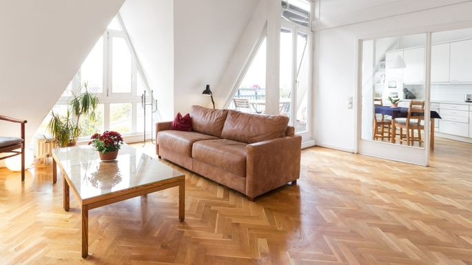 What Is Parquet Flooring? A Retro Look That Everybody Wants .