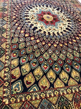 Beautiful Persian rug - Picture of Tribal Collections Nomadic Rugs .