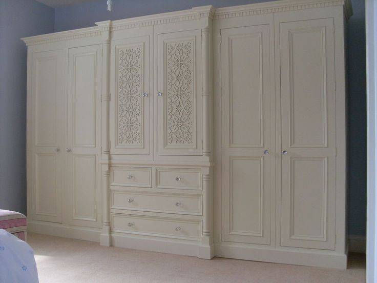 Ivory French White Painted 10ft Large 6 door Jali Style Solid Pine .