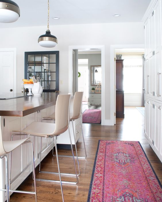 20 Sophisticated Ways To Style A Pink Rug | Rugs in living room .