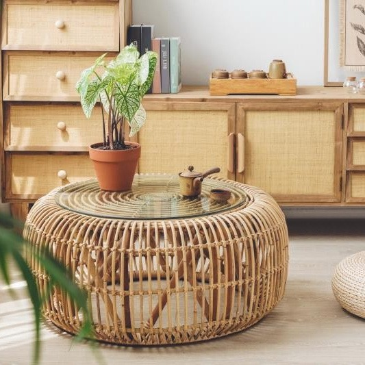 """Cottage Innovative 34"""" Round Woven Rattan Accent Coffee Table ."""