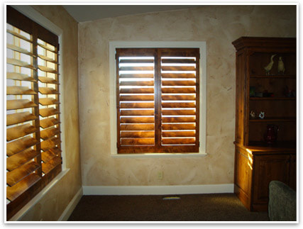 Real Wood vs Faux Wood Shutters: The Pros and Cons - Clearview .