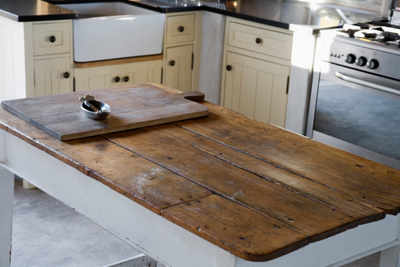 The Environmental Benefits of Reclaimed Wood Furniture: Green is .