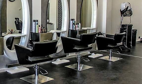 Who builds salon furniture? - Quo
