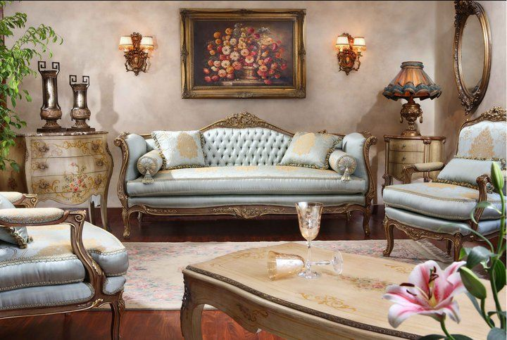 French Style Salon Furniture in Antique look | Classic furniture .