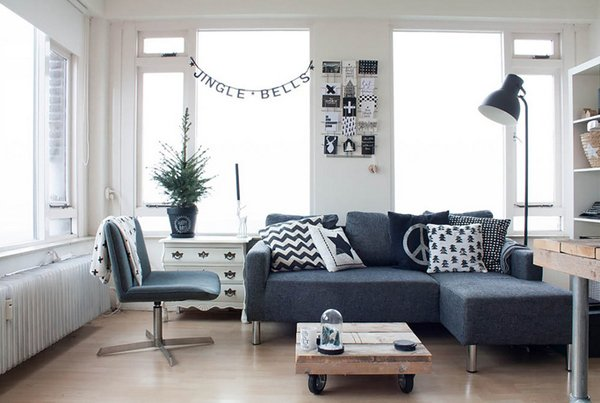 20 Living Room Layouts with Sectionals | Home Design Lov