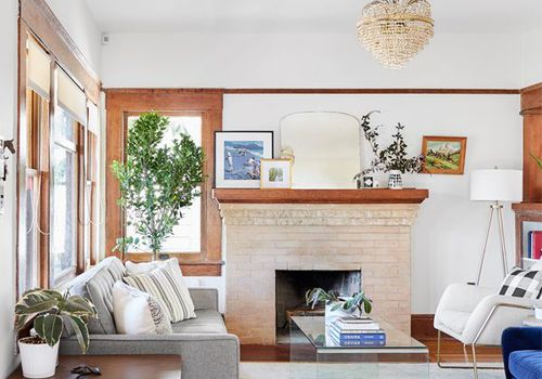 How to Decorate a Small Living Room in Six Easy Ste