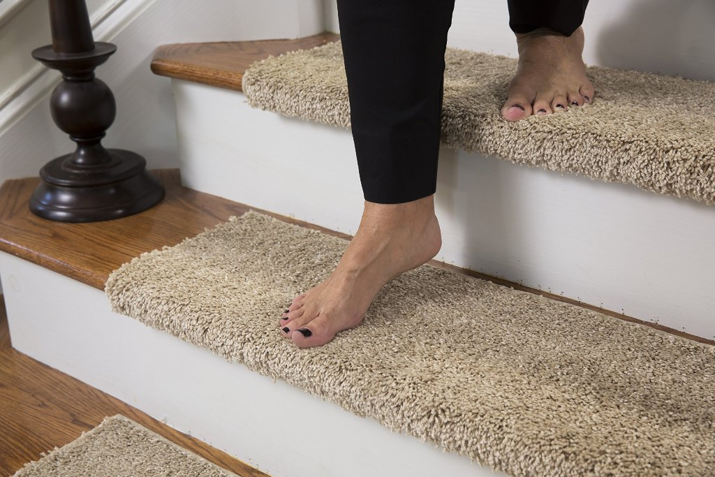 Key Pieces of Bullnose Carpet Stair Treads - Home & Garden Jess